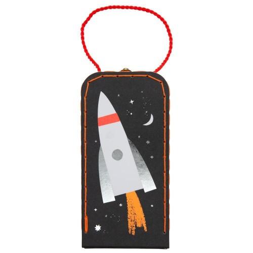 astronaut v kufríku