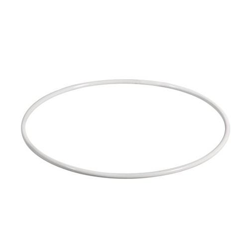 biely kovový kruhový rám